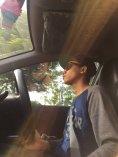 Pharrell Williams gave us a ride. // Nos tocó Pharrell Williams de taxista.