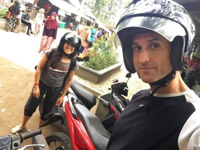 Off-road scooter. // Motito todo-terreno.
