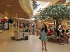 Fancy mall in Seminyak. // Mall de lo más refurinfunflais, en Seminyak.