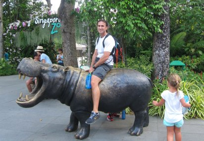 Always wanted to ride a hippo. // Siempre quise montar un hipopótamo.