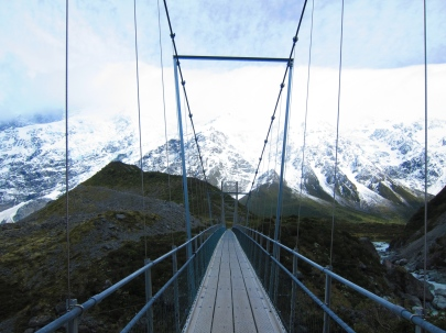 Awesome walk to Mount Cook. // Increible caminata hacia el Monte Cook.