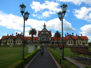 Rotorua, // Pueblo de Rotorua.
