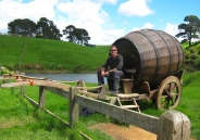 Beer wagon hobbit. // Carreta cervecera hobbit.