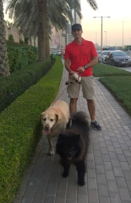 Going out with the kids. // Paseando con los muchachos.