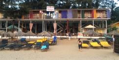 Off to Kranti Yoga in Patnem Beach. // Y nos fuimos a Kranti Yoga, en la playa Patnem.