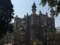 More of the wonderful Mumbai architecture. // Más de la gran architectura en Mumbai.
