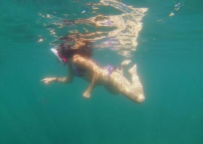 Hey look! A fish! // Mira, un pescadito!