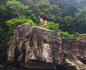 Me on top of the elephant rock. // Yo encima de la roca elefante.
