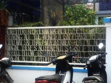 Imagine there's a fence. // John Lennon hecho reja.
