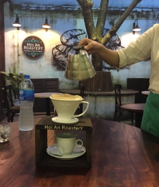Good coffee. // El rico café.